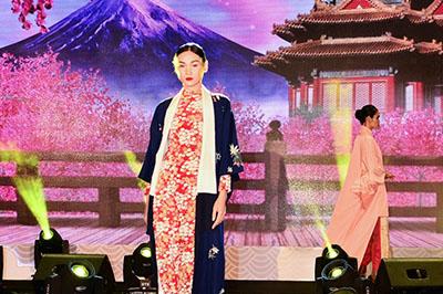 L'Officiel Việt Namでエリ・インターナショナル開院イベントの様子が紹介されました! イメージ